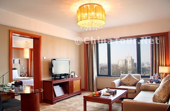 Royal Regency Club Floor  Suite/Living R
