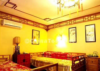 Chinese Deluxe Twin Bed Room