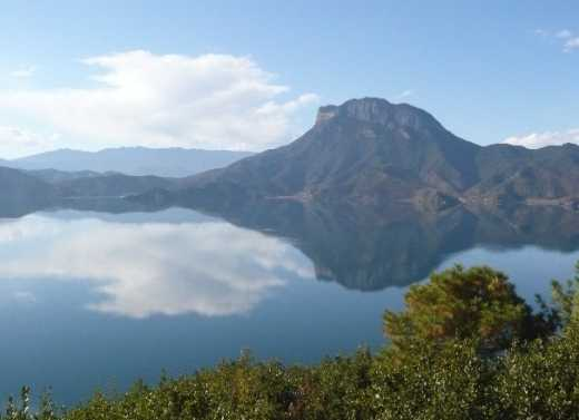 Erhai Lake and Mt. Cangshan reviews