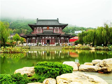 Huaqing Spring