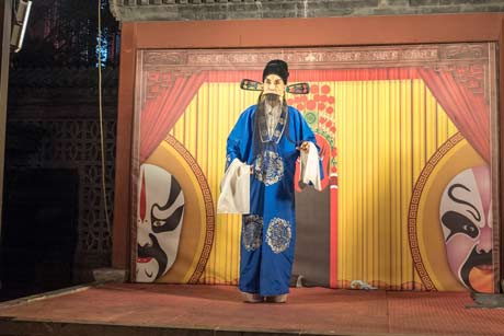 Beijing Night Shows: Beijing Opera, Chinese Kongfu, Acrobatic Show