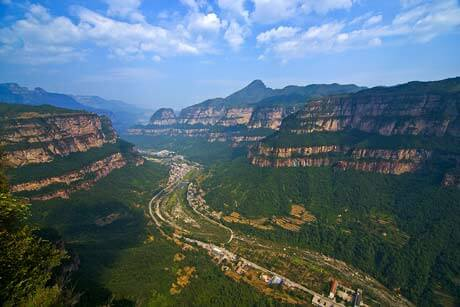 2 Days Tour for Taihang Gorge and Yinxu Museum