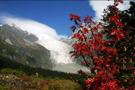 8 Days Exploration Tour to Hailuogou-Kangding-Danba